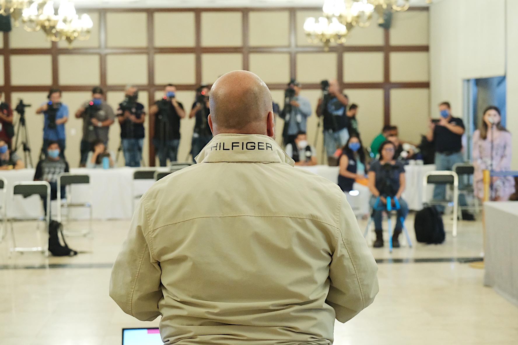 Enrique Alfaro anuncia pruebas rápidas para detectar casos de COVID-19 y pide al GAP suspender vuelos provenientes de lugares con cercos sanitarios