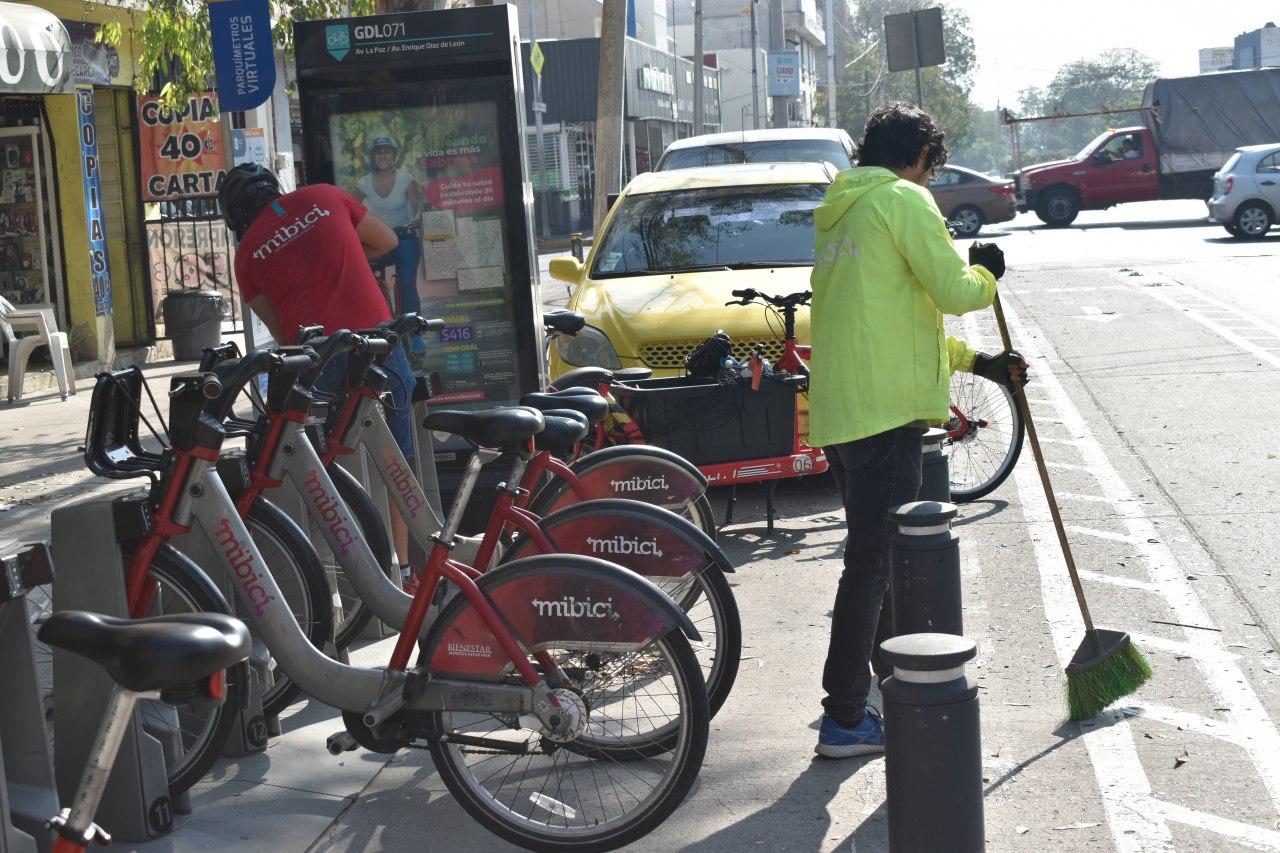 Fortalece el Programa MiBici la limpieza en estaciones y bicicletas